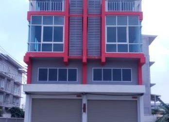 ขายตึกอาคารพาณิชย์ใหม่ โครงการซิกเนเจอร์ เวสต์เกท สุรศักดิ์ ศรีราชา ชลบุรี 3 ชั้นครึ่ง